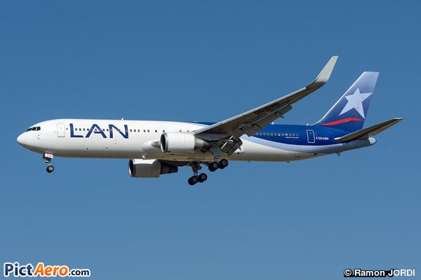 Boeing 767-316/ER (LAN Airlines)