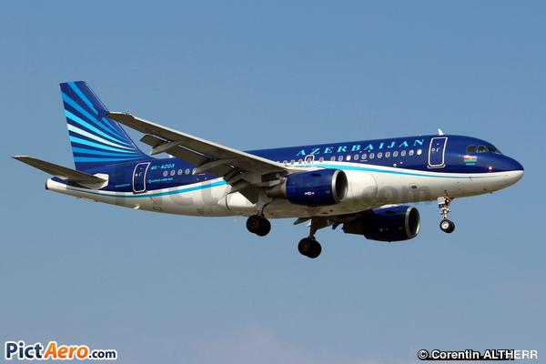 Airbus A319-111 (Azerbaijan Airlines)