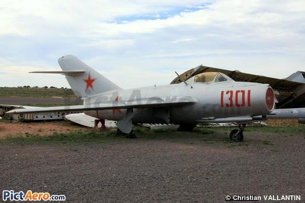 Mikoyan-Gurevich MIG-15bis (Planes of Fame Museum Valle Arizona)