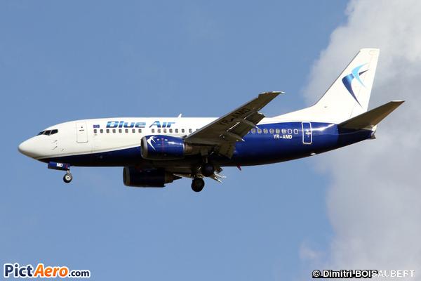 Boeing 737-530 (Blue Air)