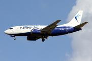 Boeing 737-530 (YR-AMD)