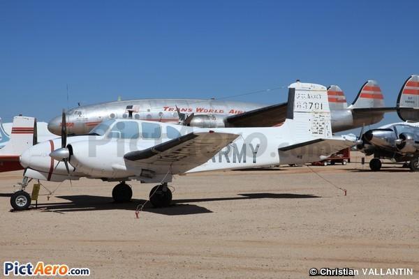 Beech U-8D Seminole (Pima Air Museum)
