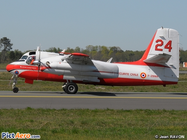 Grumman S2F-1 Tracker - Conair Turbo Firecat (France - Sécurité Civile)