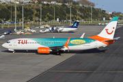 Boeing 737-8Q8 (C-FDBD)