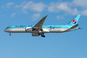 Boeing 787-9 Dreamliner (HL8081)