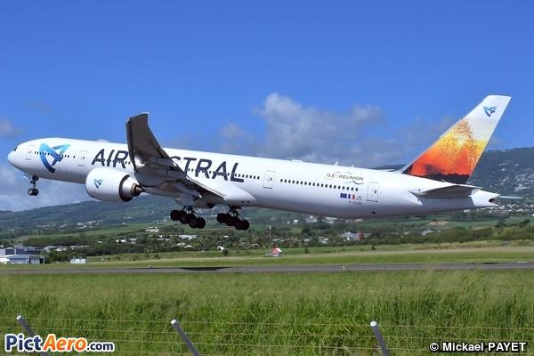 Boeing 777-39M/ER (Air Austral)