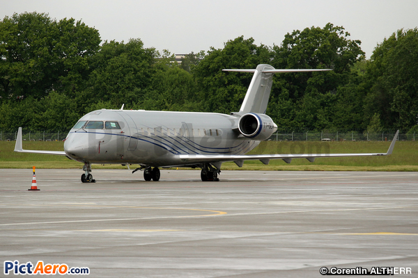 Bombardier Challenger 850 (Canadair CL-600-2B19 Challenger 850) (Private)
