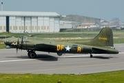 Boeing B-17G (G-BEDF)
