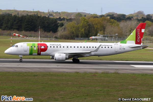 Embraer ERJ-190-100LR 190LR  (TAP Express)