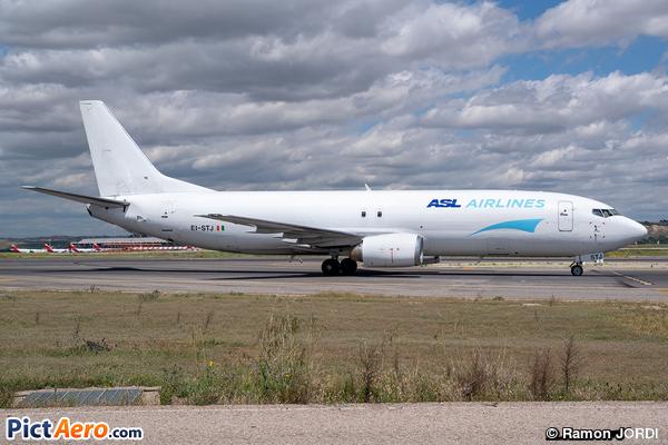 Boeing 737-490/SF (ASL Airlines Ireland)