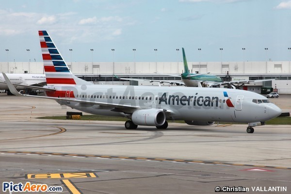 Boeing 737-823 (American Airlines)