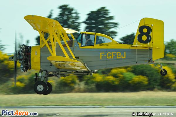 Schweizer G-164 Ag-Cat (Midair)