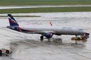 Airbus A321-211/WL (VP-BEW)