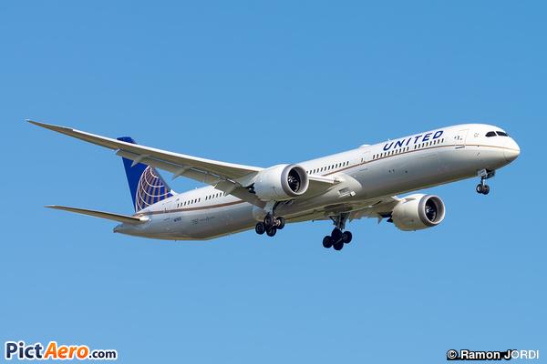 Boeing 787-10 Dreamliner (United Airlines)