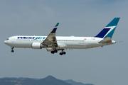 Boeing 767-338/ER  (C-GOGN)