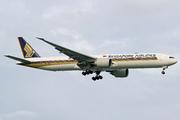 Boeing 777-312/ER (9V-SNC)