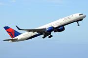 Boeing 757-26D/WL (N820DX)