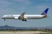 Boeing 787-10 Dreamliner (N17002)