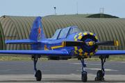 Yakovlev Yak-52 (F-WRUL)