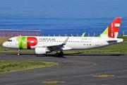 Airbus A320-214 (CS-TNV)