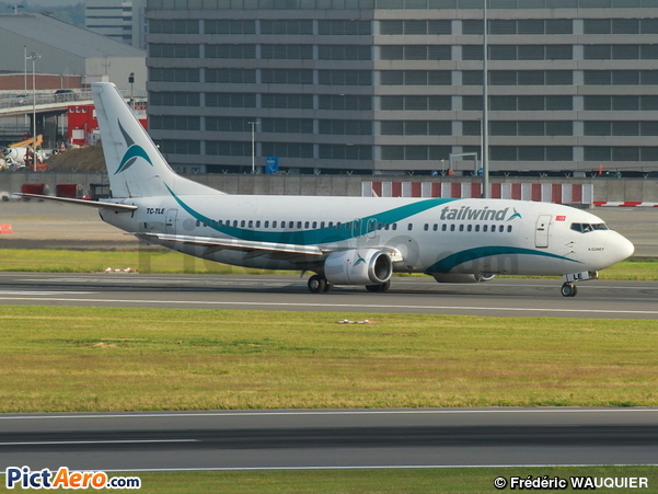 Boeing 737-4Q8 (Tailwind Airlines)