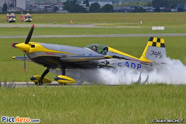 Extra EA-330SC (O2 FLY SAS )
