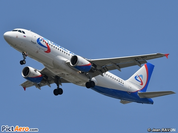 Airbus A320-214 (Ural Airlines)