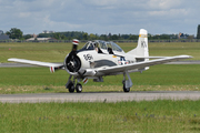 North American T-28B Trojan (NX377WW)