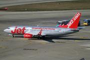 Boeing 737-36Q/WL (G-GDFT)