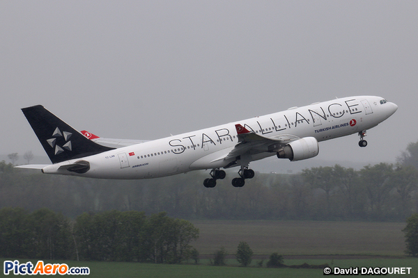 Airbus A330-223 (Turkish Airlines)