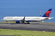 Boeing 757-2Q8/WL (N704X)