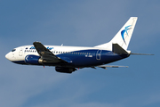 Boeing 737-530 (YR-AMB)