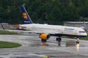 Boeing 757-256/WL (TF-ISJ)