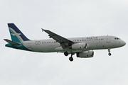 Airbus A320-233 (9V-SLM)