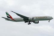 Boeing 777-31H/ER (A6-EPX)