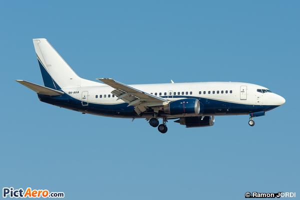 Boeing 737-505 (Air X Charter Ltd)