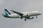 Airbus A320-233 (9V-SLS)