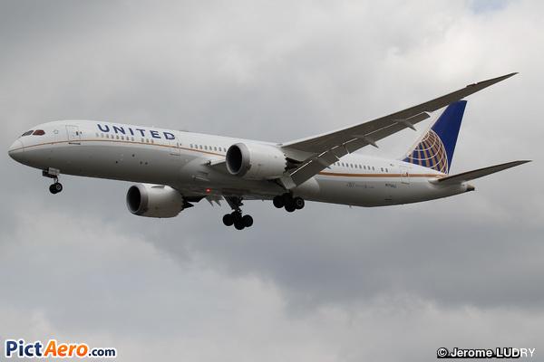Boeing 787-9 Dreamliner (United Airlines)
