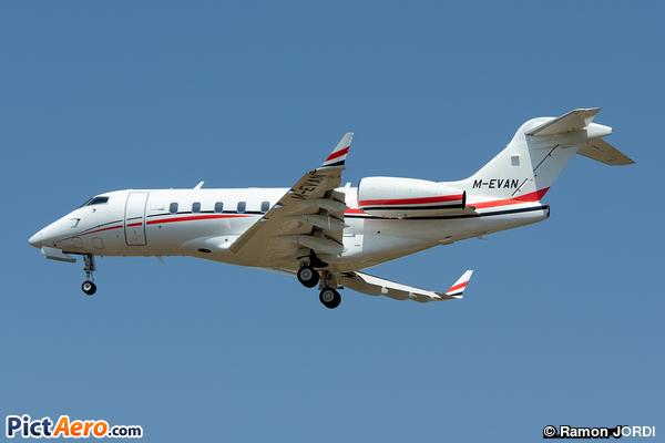 Bombardier BD-100-1A10 Challenger 300 (Marcus Evans Ltd)