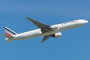 Boeing 777-328/ER (F-GZNL)