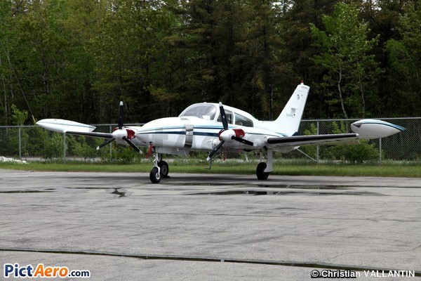 Cessna 310R (Bromont Aviation Services Inc)