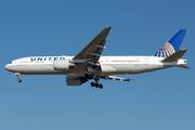 Boeing 777-222/ER (N220UA)