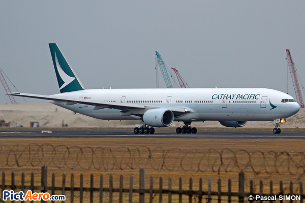 Boeing 777-31H (Cathay Pacific)