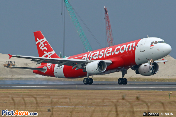 Airbus A320-216 (Indonesia AirAsia)
