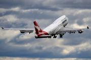 Boeing 747-438 - VH-OEG