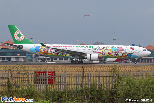 Airbus A330-302 (Eva Air)