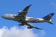 Boeing 747-409 (B-18211)