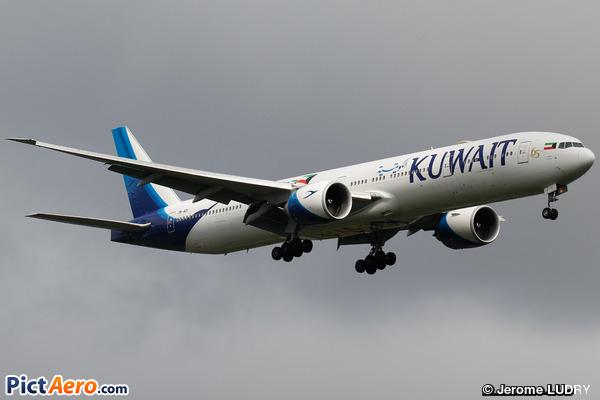Boeing 777-369/ER (Kuwait Airways)
