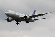 Boeing 777-222/ER (N222UA)