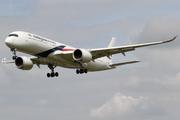 Airbus A350-941 (9M-MAE)